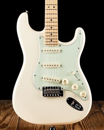 Fender Noiseless Pickups >> Fender Deluxe Roadhouse Stratocaster - Olympic White