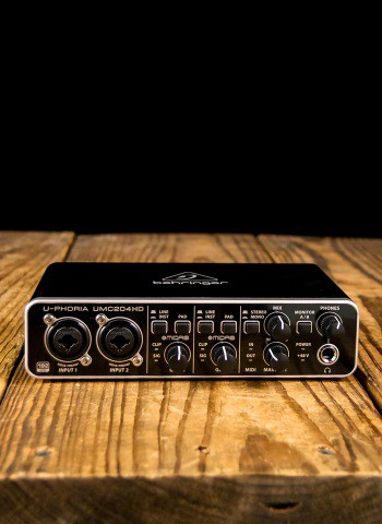 Behringer U-PHORIA UMC204HD - 2x4 USB Audio/MIDI Interface
