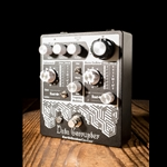 EarthQuaker Devices Data Corrupter Modulated Monophonic Harmonizing Pedal