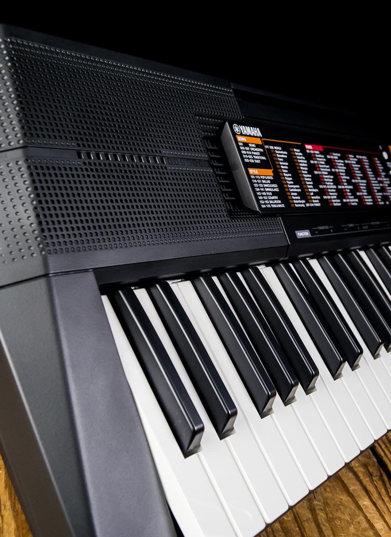 Yamaha Psr F51 61 Key Portable Keyboard