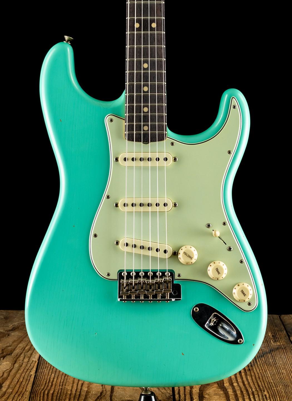 Fender NAMM Limited Edition 1963 Journeyman Relic Stratocaster ...