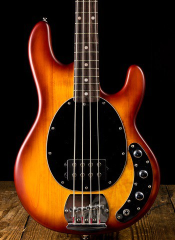 Sterling S.U.B. Ray4 - Honeyburst