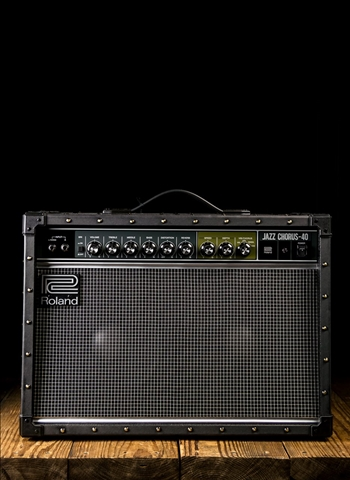 "Roland JC-40 Jazz Chorus - 40 Watt 2x10"" Guitar Combo - Black"