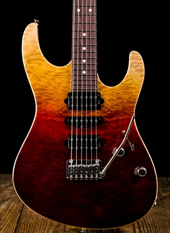 Suhr Modern Custom Carve Top Quilt Maple/African Mahogany - Desert Gradient