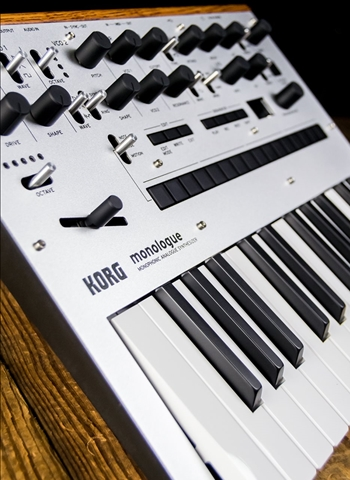 Korg monologue 25-Key Monophonic Analogue Synthesizer - Silver