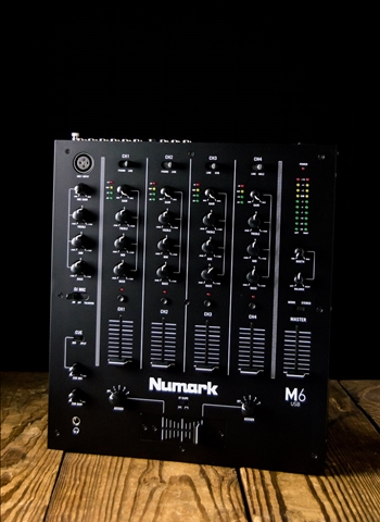 Numark Mixtrack Pro 3 - All-In-One Serato DJ Controller - White
