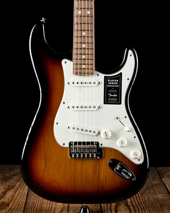 Fender Player Stratocaster - 3-Color Sunburst