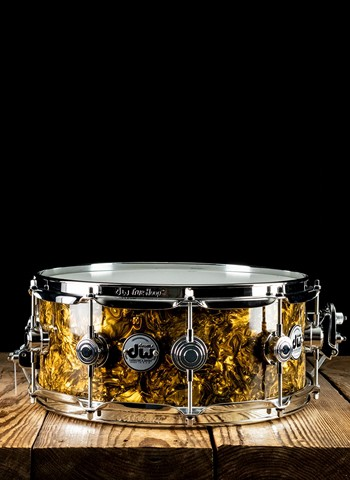 "Drum Workshop DRFP5514SSC085 - 5.5""x14"" Collector's Series Snare Drum - Gold Abalone"